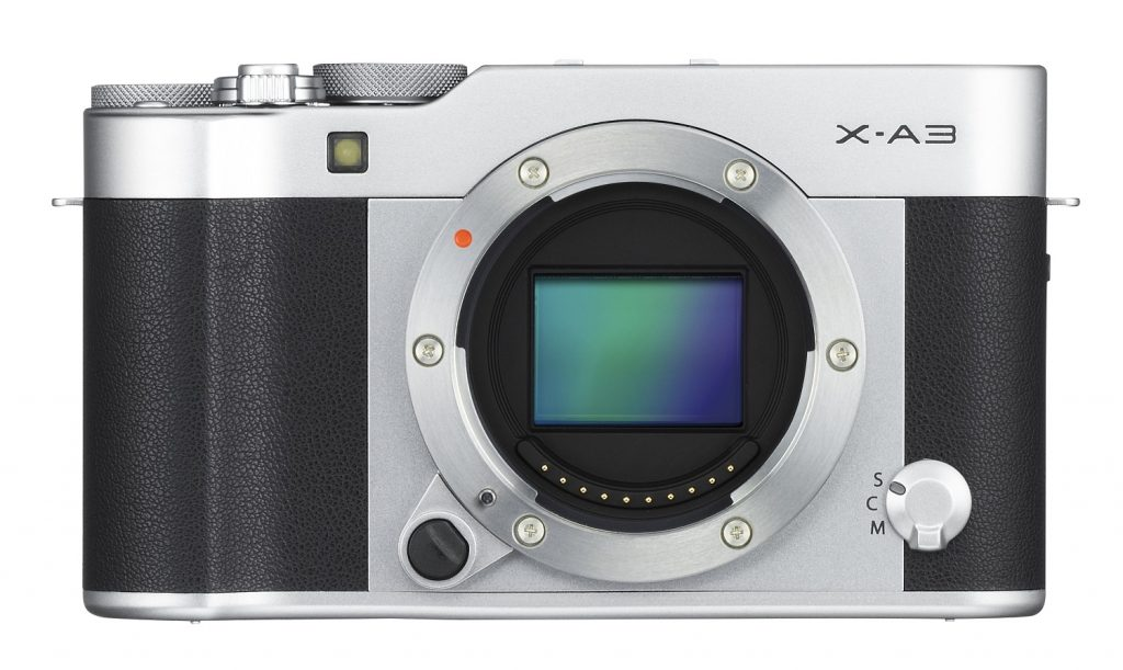 f22-fujifilm-x-a3-zepredu-stribrny