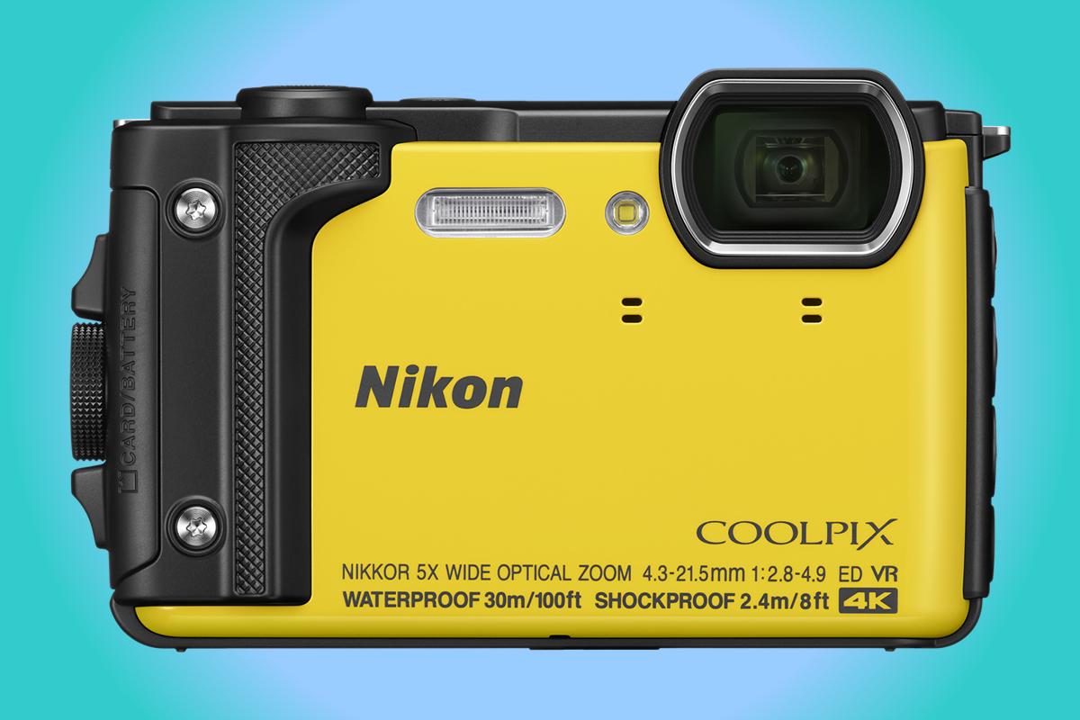 Odolný Nikon W300 umí natáčet 4K video