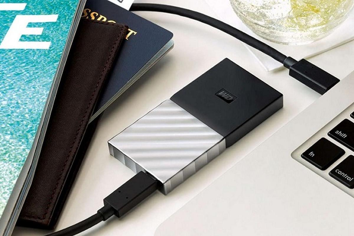WD My Passport SSD disk / F22.cz