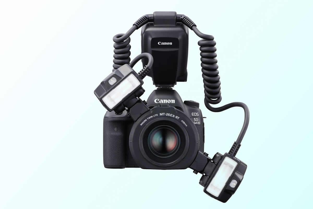 Dvojitý blesk pro makrofotografii od Canonu