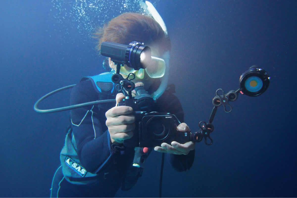 Sony RX0 pod vodou / F22.cz