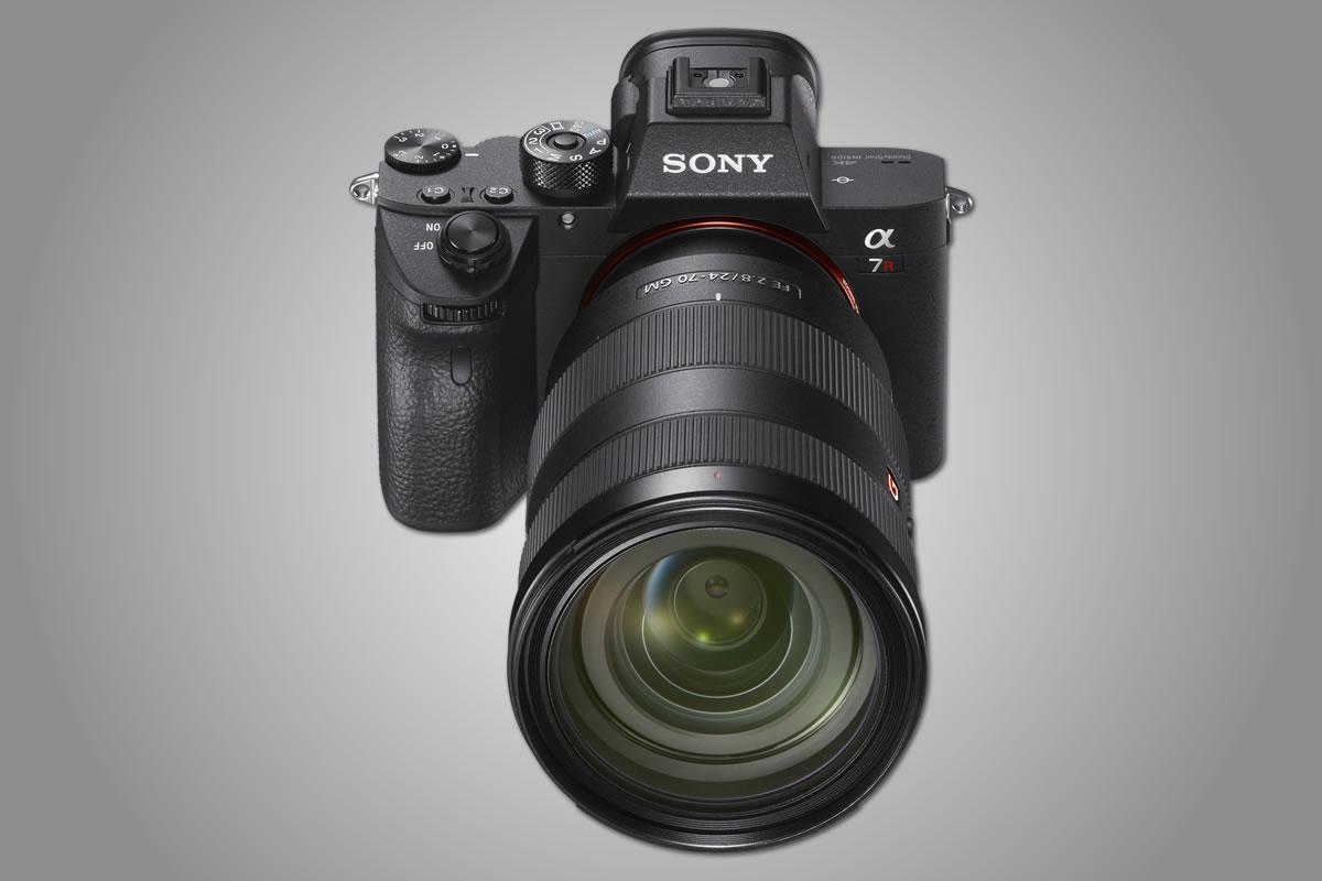 Nový trojkový model Sony A7R III míří vysoko