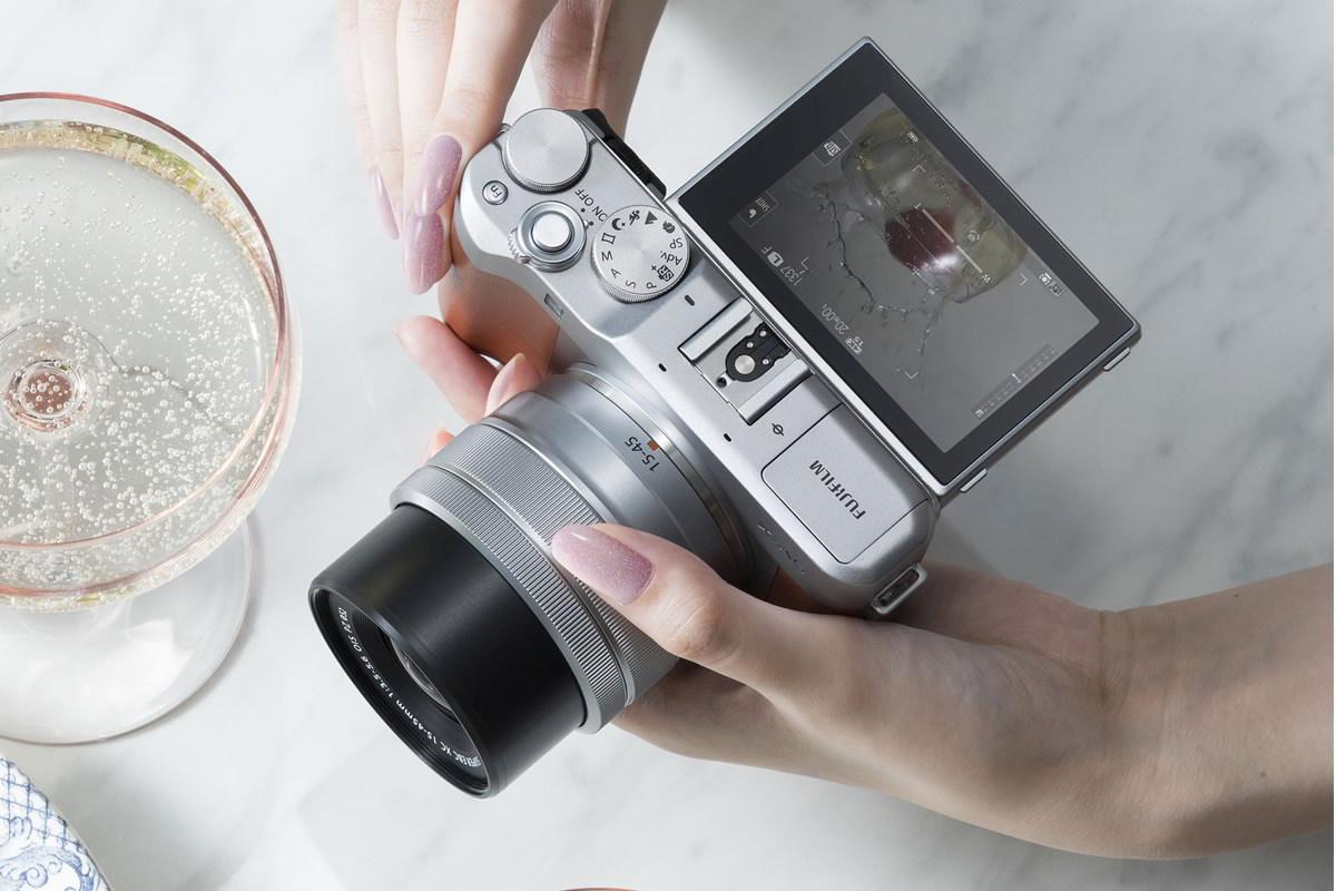 Fujifilm X-A5 je nejlehčí bezzrcadlovkou zřady X