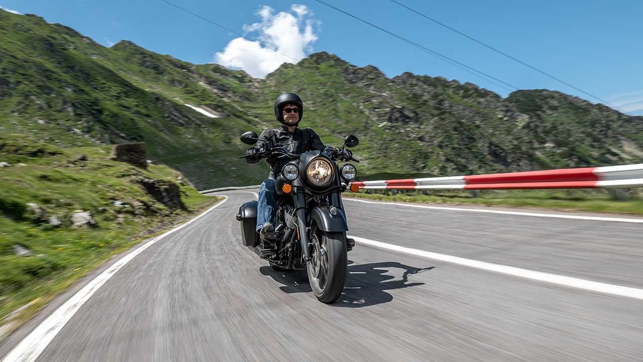 Panasonic S1 a GH5 v Rumunsku na motorkách