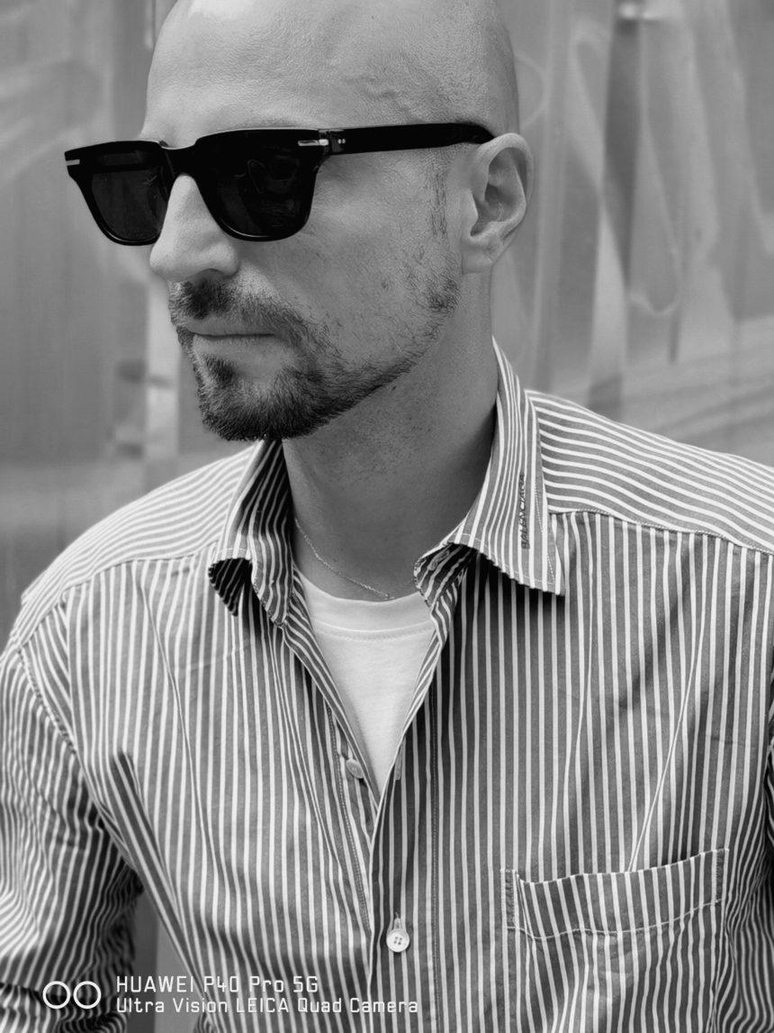 Stylista Filip Vaněk vs. profi fotograf Benedikt Renč – bitva fotografů mobilem